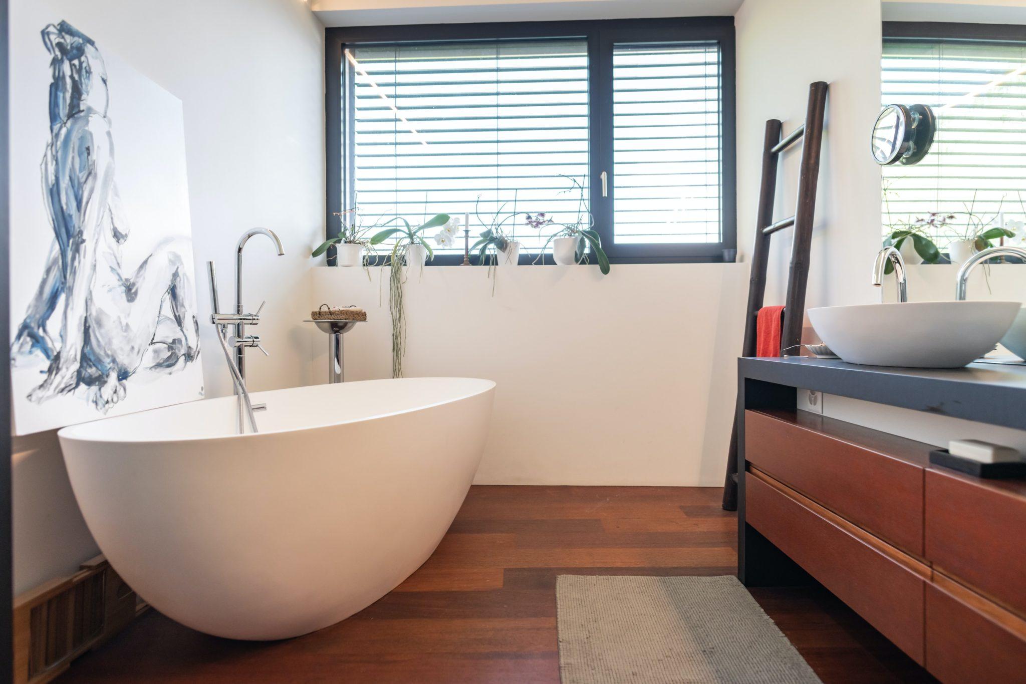 Bathroom Timber look tiles laid in Echuca